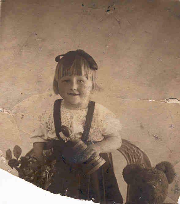 1939. Шура, дочка.