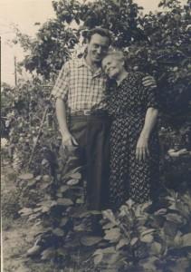 Валентин с бабушкой Симой, 1958 г.