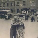 1957, с женой возле 1-го Комсомольского.