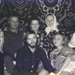 Со сватами, женой, тещей, дочерью и зятем, 1986 год.